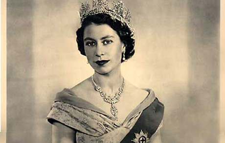 Queen_Liz