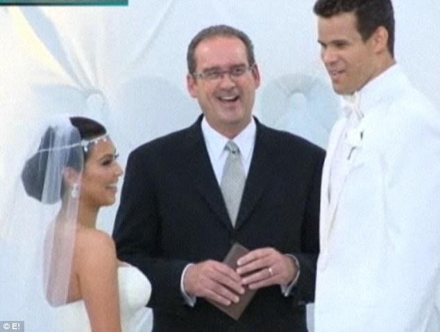 kim-kardashian-kris-humphries-wedding-ceremony