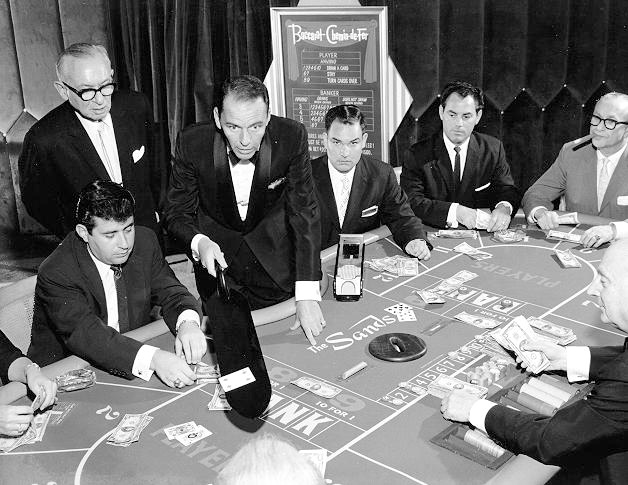 frank-sinatra-dealing-cards-the-sands