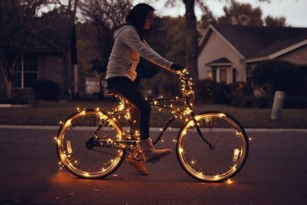 Christmas gift guide // what to get the girl who rides bikes