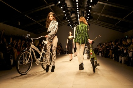 London Fashion Week // PPQ Supreme Style Bikes are so hot right now