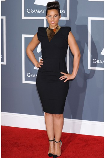 Le Blow Rates The Red Carpet Dresses The Grammys 2012
