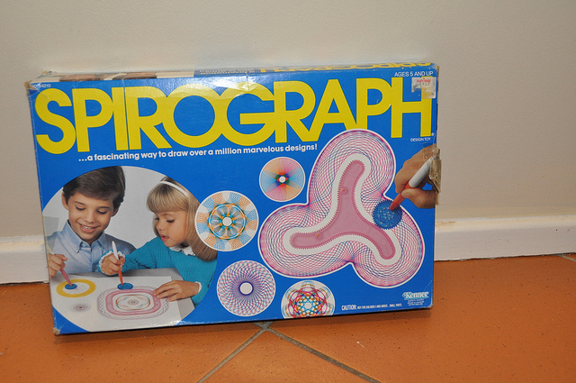 Spirograph toy 80s
