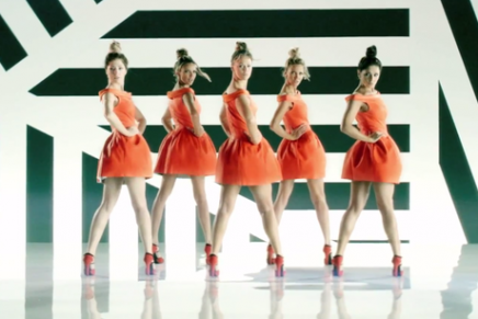 What's big in our box // Girls Aloud – Something New (go girls, g-g-go go go!)