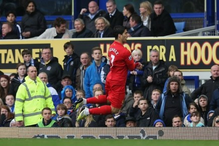 Smack my pitch up // The Merseyside Derby: ducking and diving