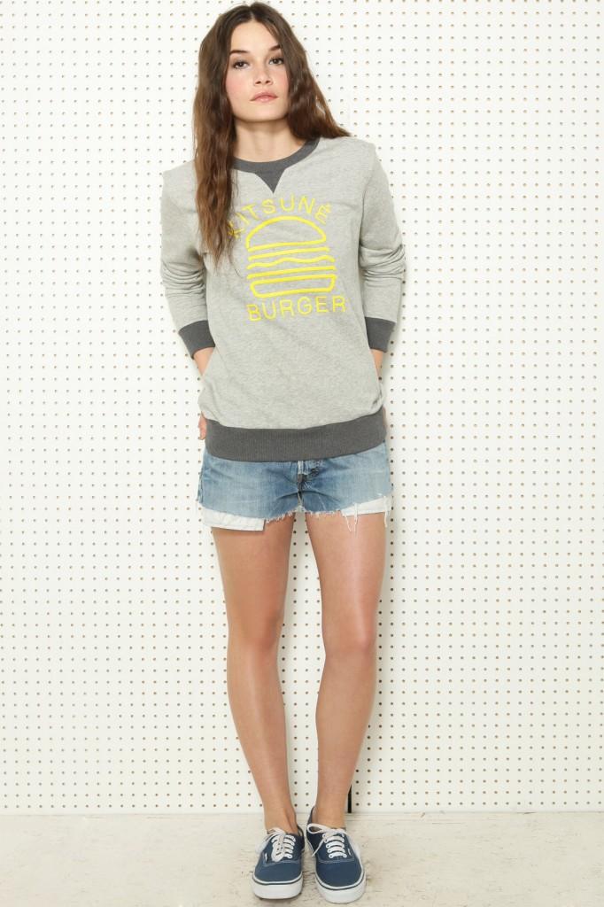 Kitsune Burger graphic sweater