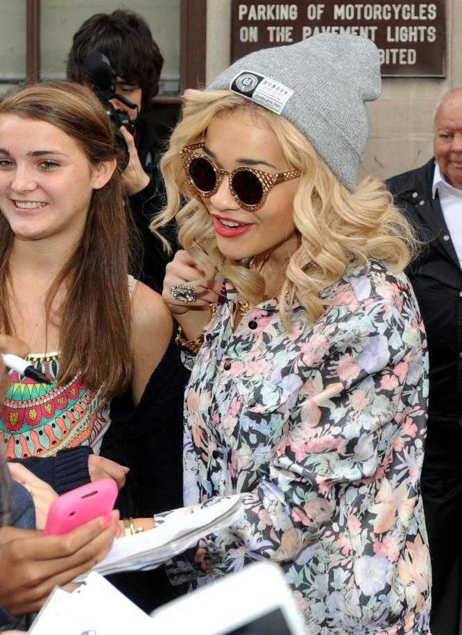 Rita Ora 90s beanie hat