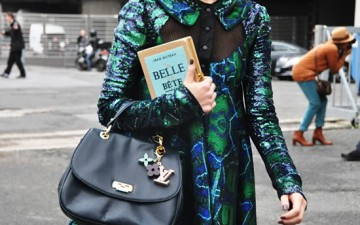 Time to smarten up: Books as accessories // AKA the most stylish book club in town