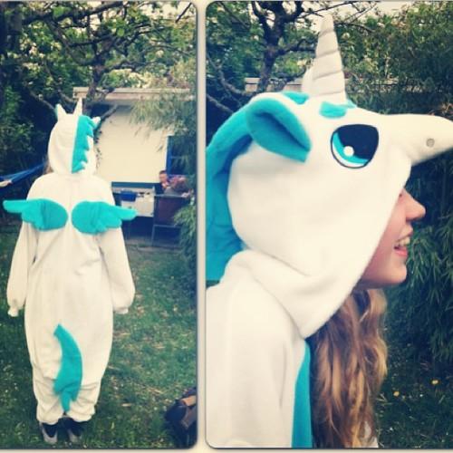 women's unicorn onesie - images - leblow.co.uk