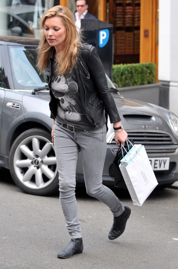 Kate Moss Bow Legs
