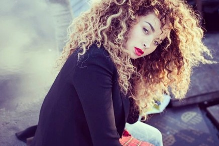 What's big in our box // Ella Eyre – If I Go