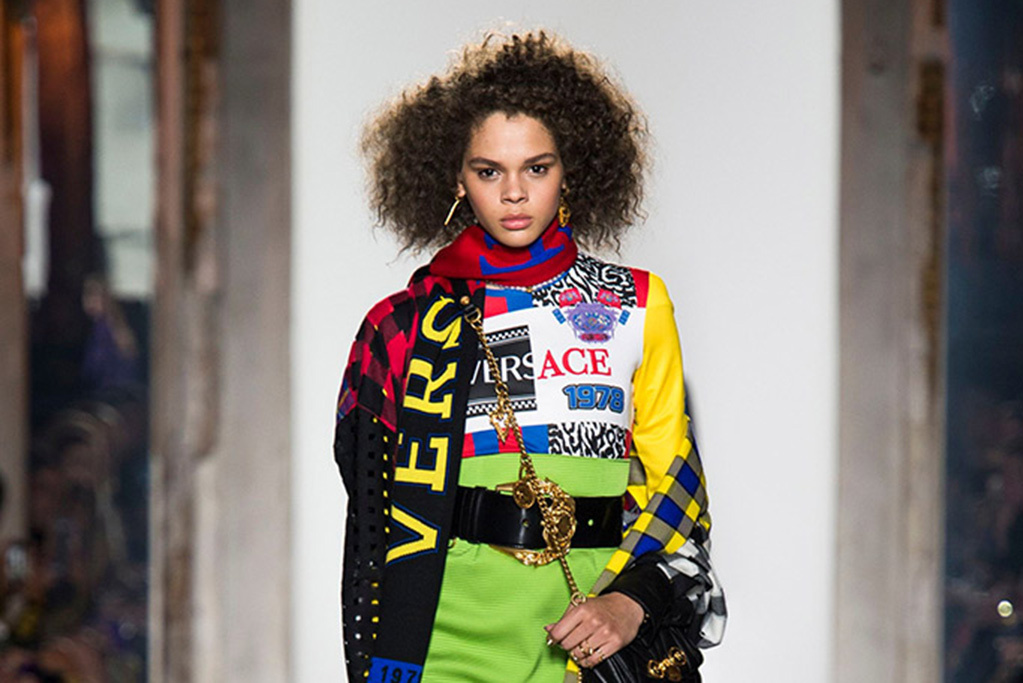 Versace 90s logo trend for AW18